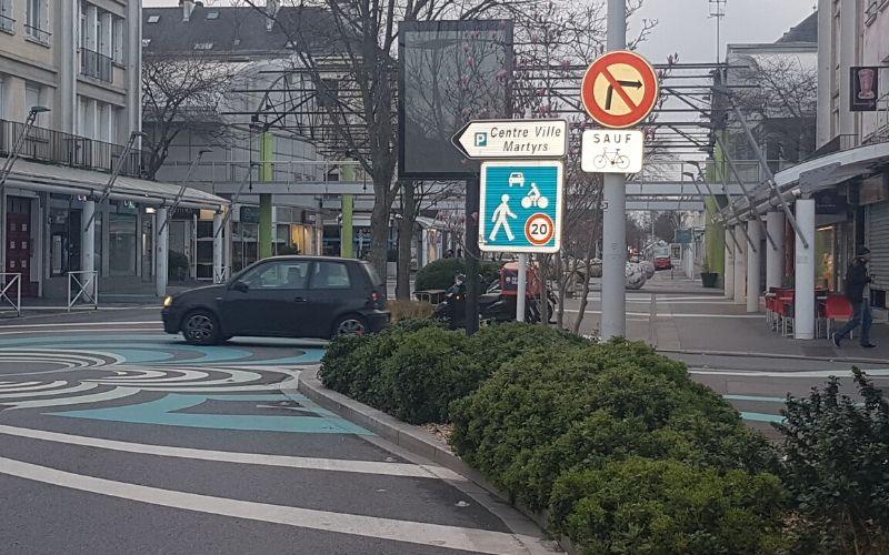 Zone de rencontre - rue Albert De Mun à Saint Nazaire (44)
